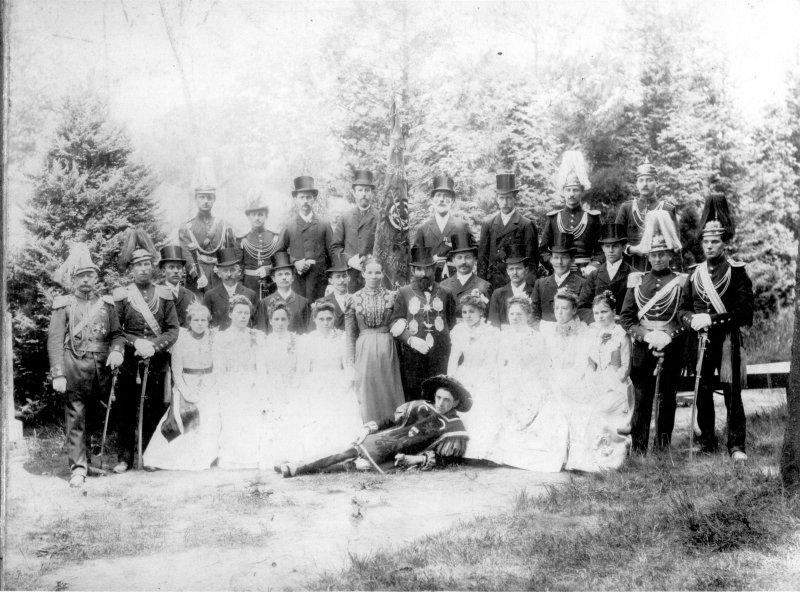 1900 König Karl Schwengers mit Gefolge